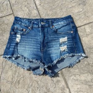 H and M jean shorts!